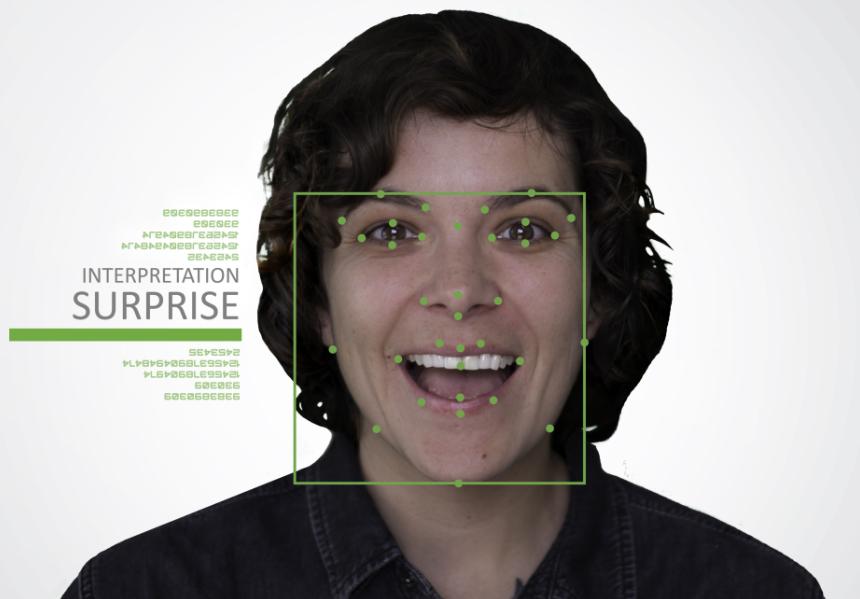Cloverleaf推出数字化货架展示系统可根据用户表情改变文字内容 机器视觉 第2张-泥人传说
