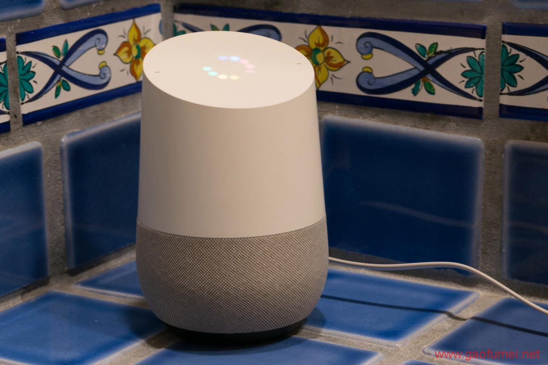 谷歌欲推出带屏幕智能音箱与亚马逊打响全面战争