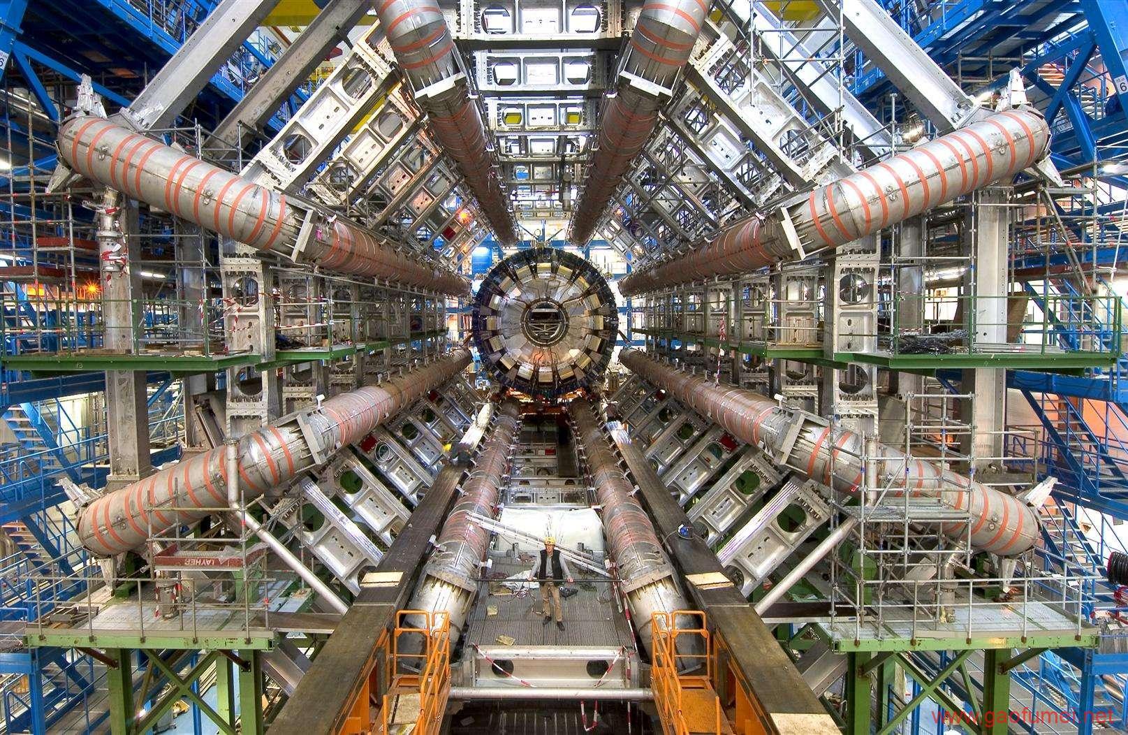 """中国""""超级对撞机""""概念设计报告年底完成有望于""""十四五""""期间开始建设"""